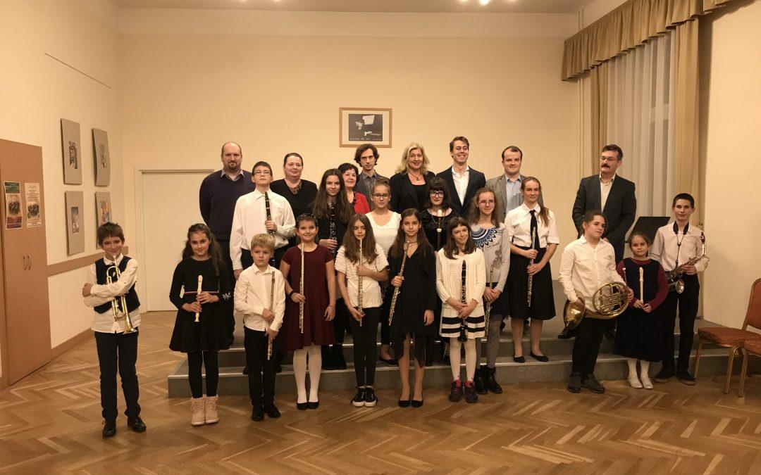 A Molnár Antal Zeneiskola fúvós tanszakának hangversenye 2019. november 19. 17.00 óra, Kocsis Zoltán terem