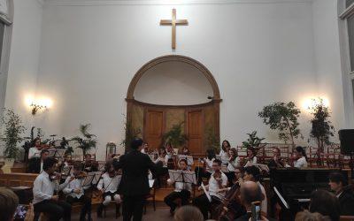 Adventi hangversenyt adott a Molnár Antal Zeneiskola