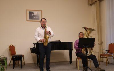 A zene világnapja alkalmából diákjaink és kollégáink adtak színes koncertet a Kocsis teremben