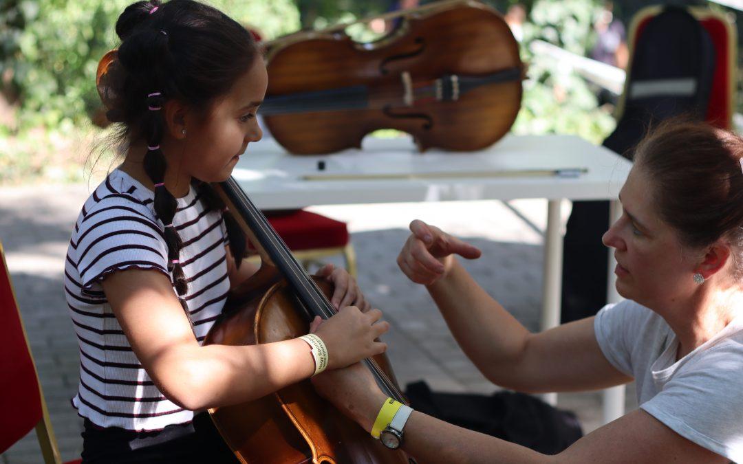 Tanáraink a Nagy Hangszerválasztón képviselték iskolánkat