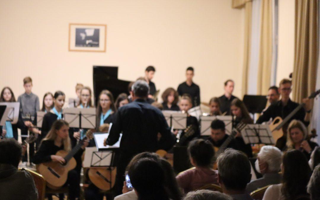 A Zene világnapja alkalmából rendezett hangversenyt a Molnár Antal Zeneiskola